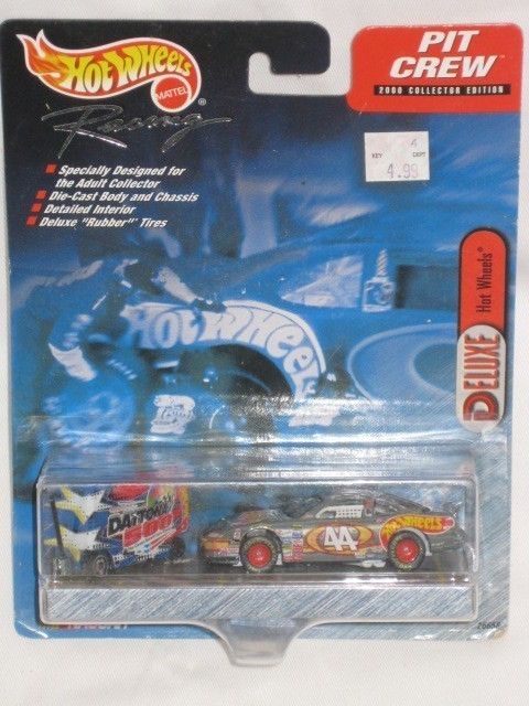 Hot Wheels Pit Crew 1999 DELUXE Nascar - DAYTONA 500