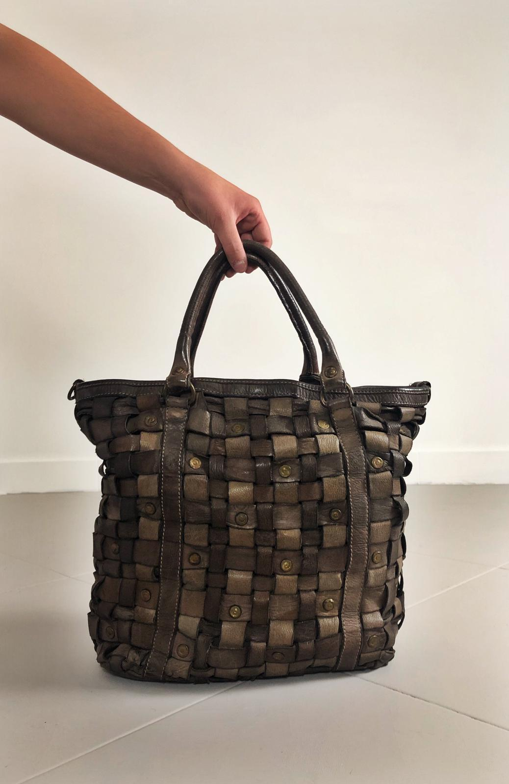Intreccio 101 handmade woven leather bag