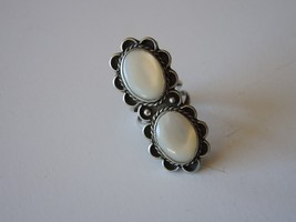 Navajo Sterling Silver Mother of Pearl Ring Size 9 1/4  - $43.01