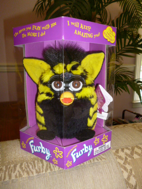 Original 1999 FURBY Bumblebee Furby Model 70-800 NRFB Never Removed From Box NEW