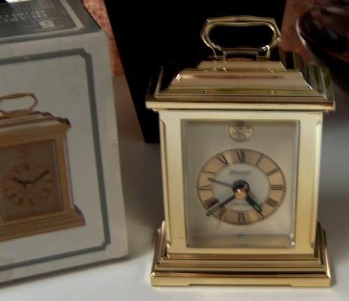 Kieninger_quartz_alarm_clock3