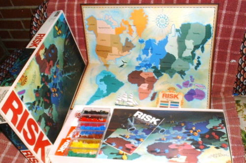 RISK BOARD GAME 1980