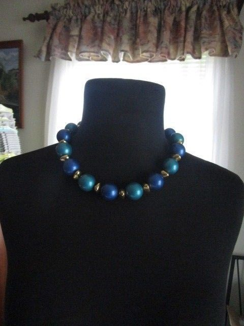 Avon Large Beads of Blue, Teal and gold tone, Collar Necklace Vintage