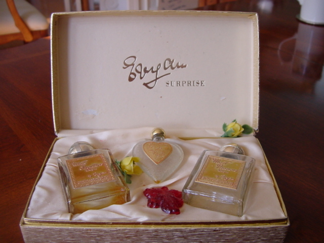 EVYAN WHITE SHOUDLERS/GREAT LADY/MOST PRECIOUS PERFUME BOTTL