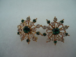 Pair Christmas Vintage Snowflake Scatter Pins with Green and Clear Rhine... - $15.00