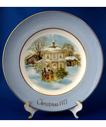 Christmas Plate Christmas 1977 Wedgwood Carollers In The Snow Blue Borde... - $14.00