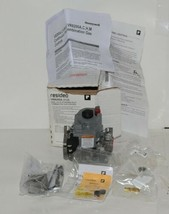 Honetwell Resideo VR8200A 2132 Dual Valve Standing Pilot Combination Gas Control image 1