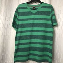 Tony Hawk Men's Pull Over V-Neck T-Shirt Men's Size M Green Striped - $14.85