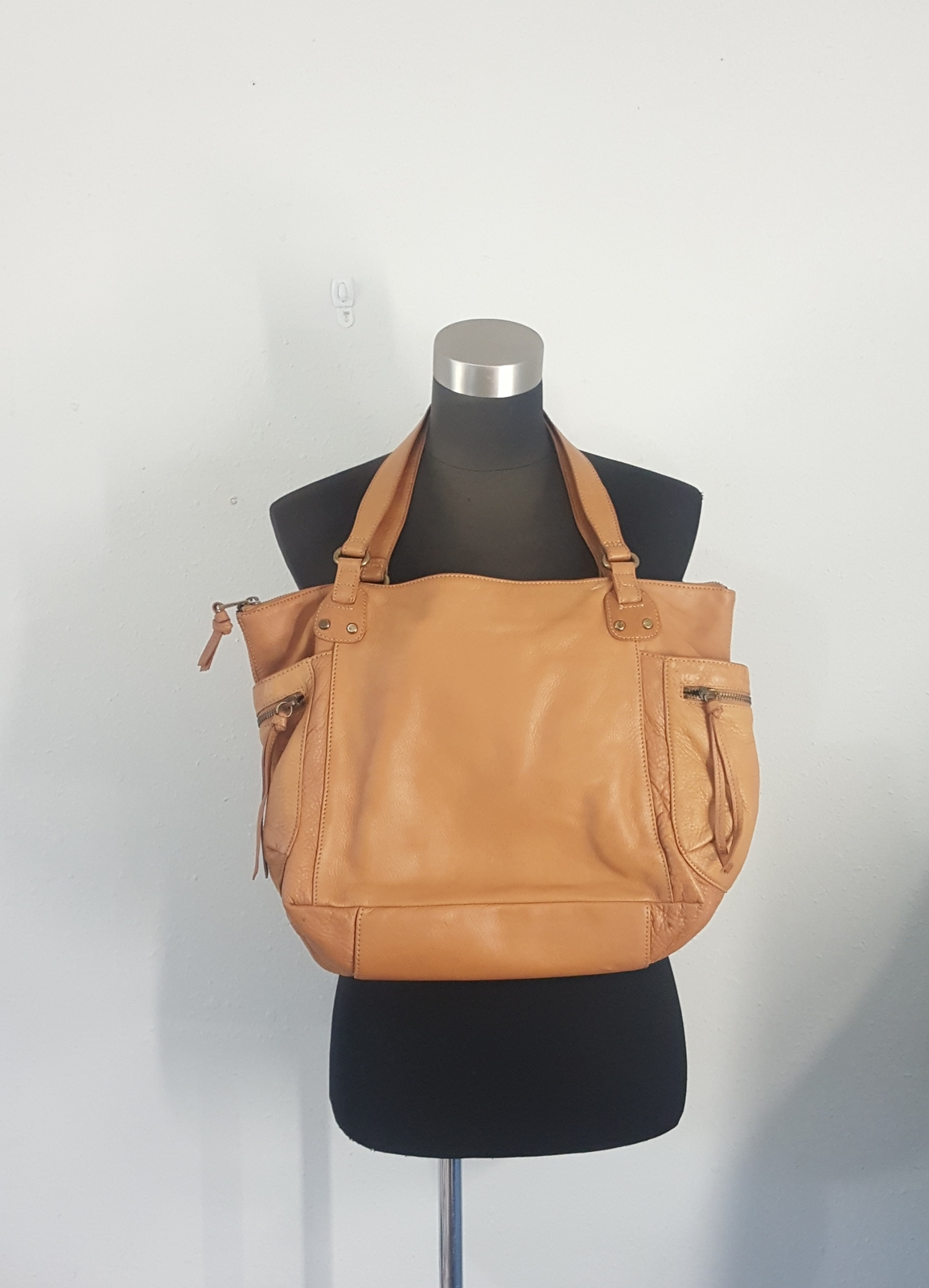 Primary image for Fossil Tan Leather Tote Purse Shoulder Bag 75082
