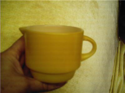 Vintage Anchor Hocking Pyrex Gold Creamer #17 MINT