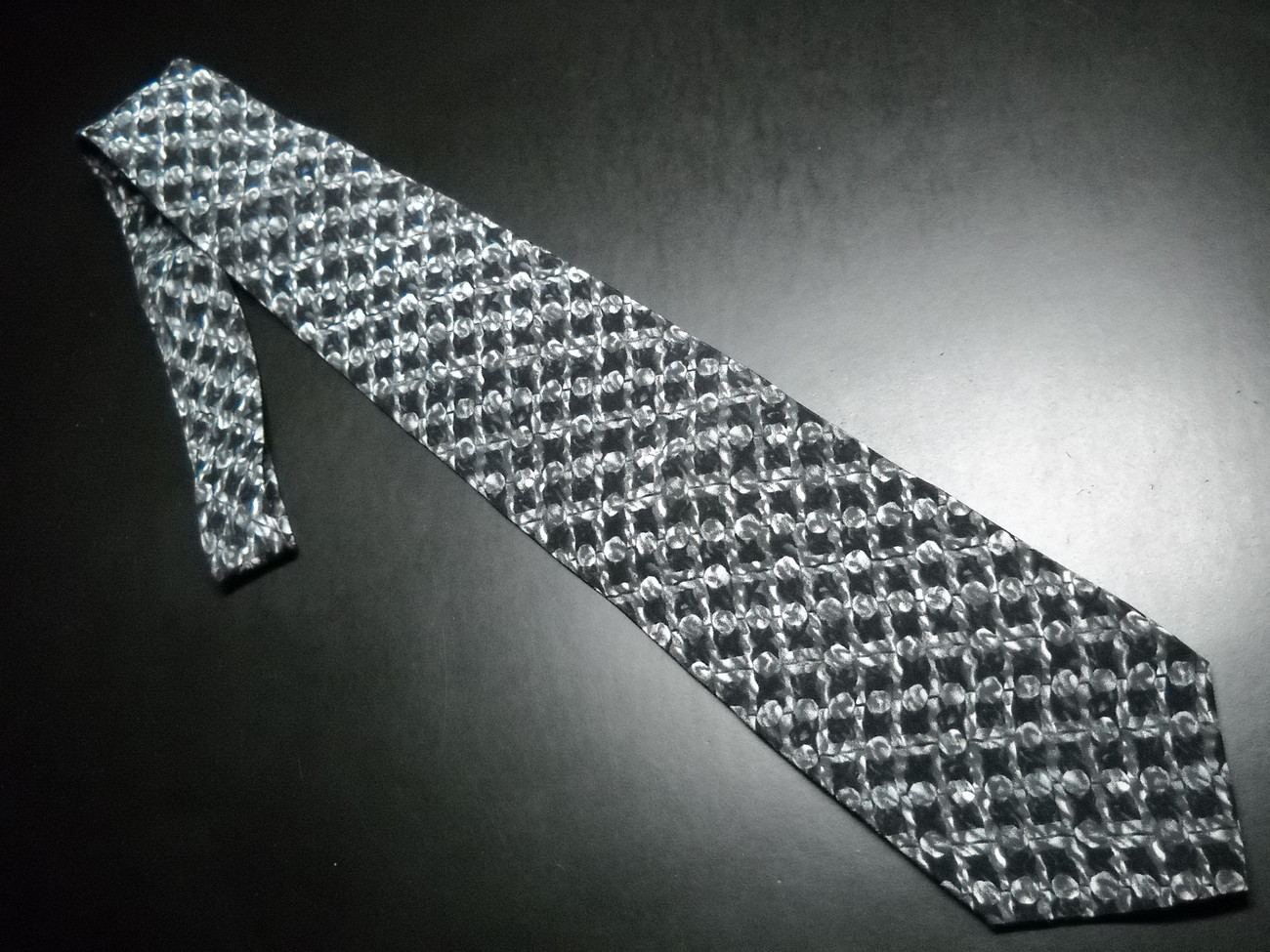 Tie stonehenge cocktail collection not for  resale grays 05