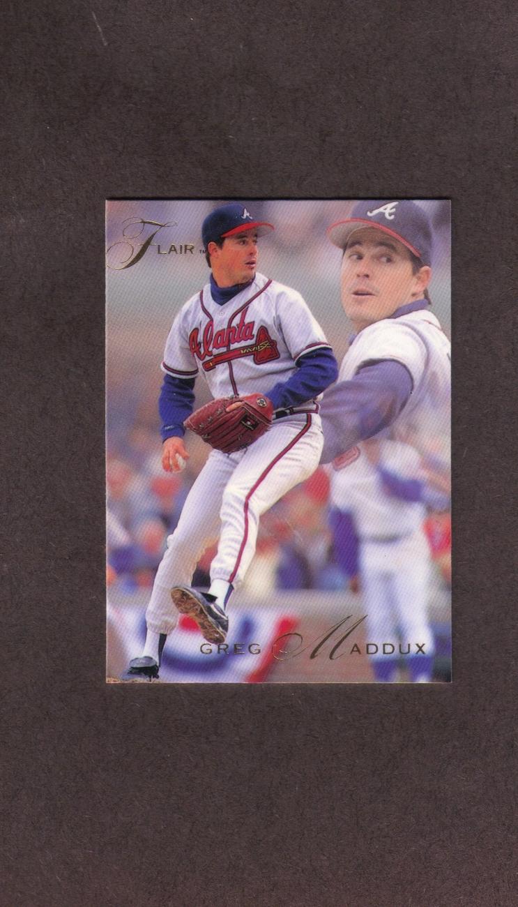 1993 Flair # 7 Greg Maddux Atlanta Braves