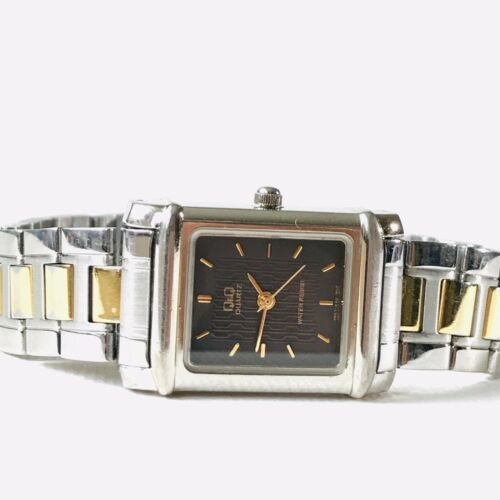 Vintage Citizen Q&Q Women's Two Tone Watch Silver Gold Textured Dial New Battery
