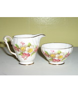 Queen Anne English Bone China Miniature Creamer & Sugar Bowl - $280,65 MXN