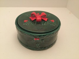 Vintage LEFTON Holly & Berries Covered Candy Dish - Green With Red Bow - $14.99