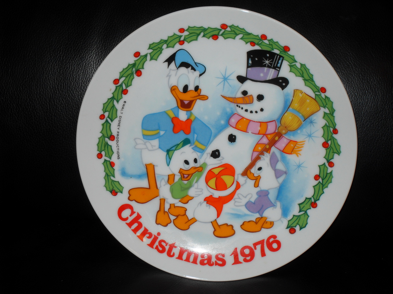 Vintage Disney 1976 Christmas Collector Plate