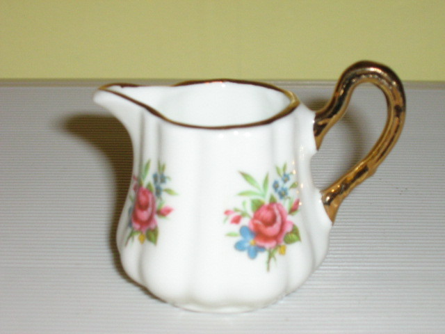 Sandford English Bone China Miniature Creamer & Sugar Bowl