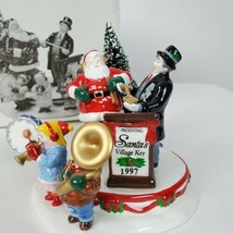 Dept 56 The Original Snow Village Santa Comes To Town 1997 #54899 Retired  - $45.52