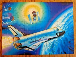 Ravenburger Super 100 Pc Jigsaw Puzzle USA Space Shuttle NASA Flight Sat... - $15.97