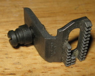 Primary image for Singer  #32600 Feed Dog with Screw for Singer Machines 66, 185, 285 & More