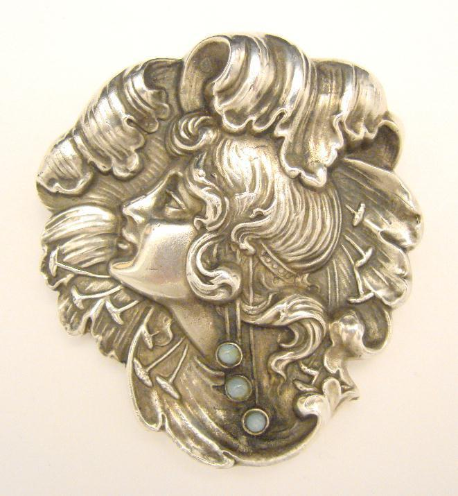 "LARGE ART NOUVEAU STERLING ""CAMEO"" PIN"