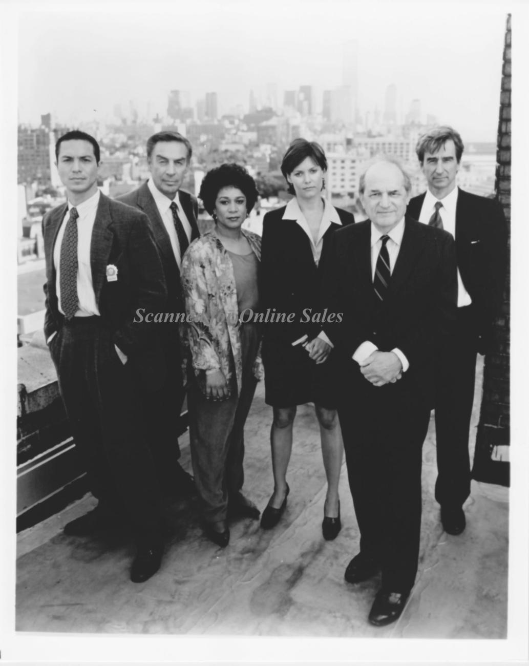 Law and Order Waterston Hennesy Orbach Bratt McPherson 8x10
