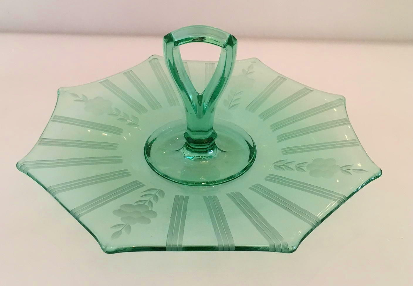Vaseline Green Center Handle Etched Snack Tray