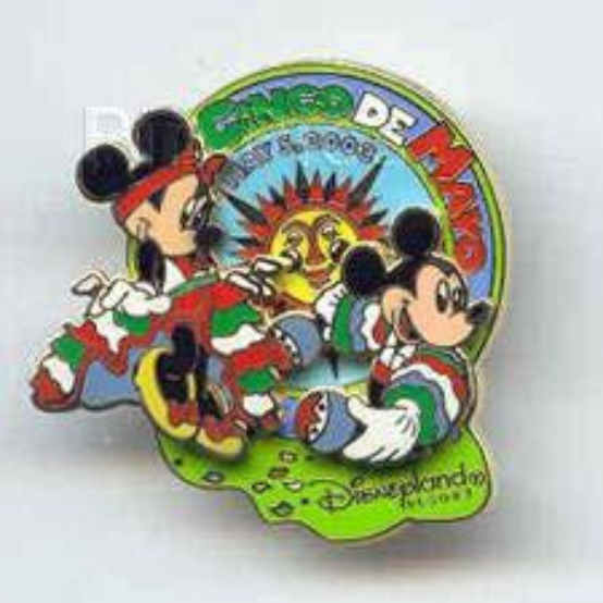 Disney Pin 21885 DLR Cinco de Mayo 2003 Mickey & Minnie Native Mexican Outfit LE