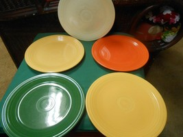 "Great Fiesta Pottery Set Of 4 Luncheon Plates. 9"" & 1 Free Plate.. Multi Colors - $28.30"