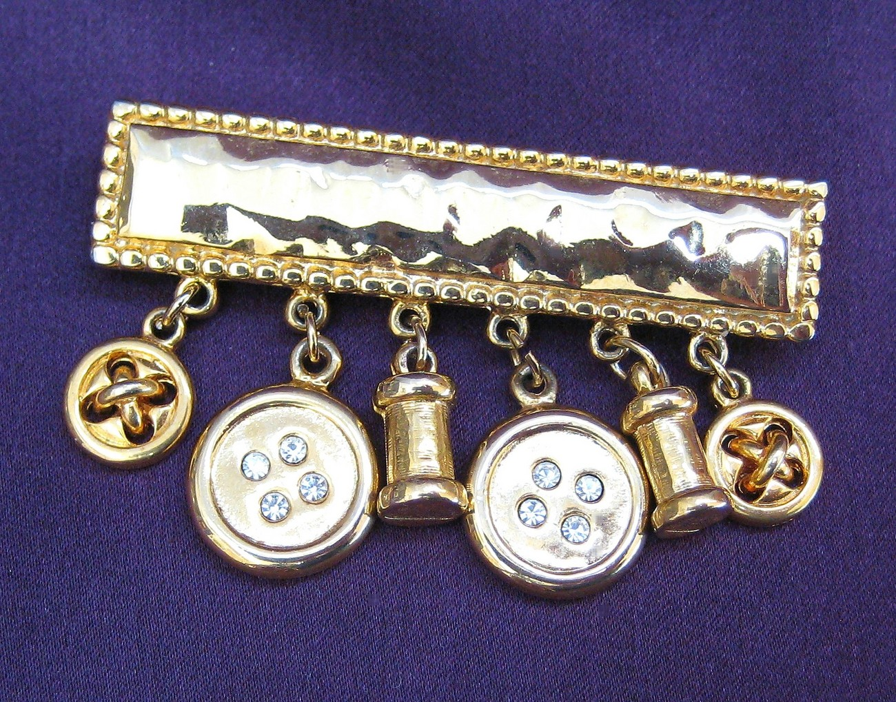 Neat Carolee Sewing Notions & Buttons Brooch Pin Rhinestones