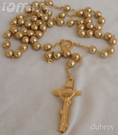A beautiful golden pearl rosary 0c55a