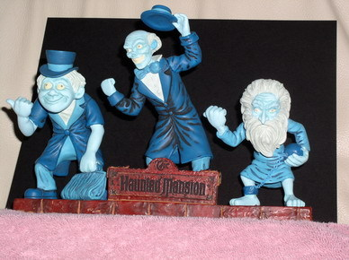 Disney Haunted Mansion Hitch Hiking Bobble Head
