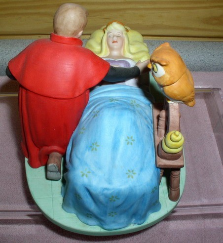 Disney Sleeping Beauty & Prince Figurine