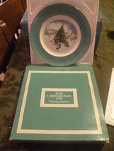 Avon 1978 Vintage & Retired Collector's Plate Series Trimming The Tree - $10.00