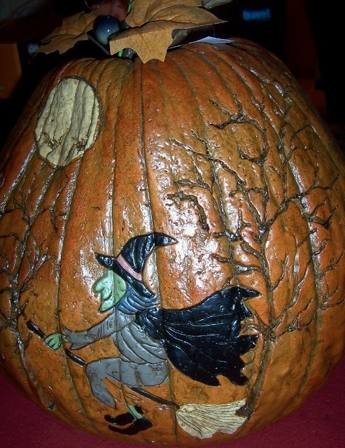 Halloween Flying Witch on Pumpkin Decoration Centerpiece Trees Moon Bats NEW
