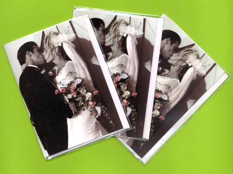 Wedding Kiss Romance. 3 pcs. Small Double Folded Cards With Envelopes