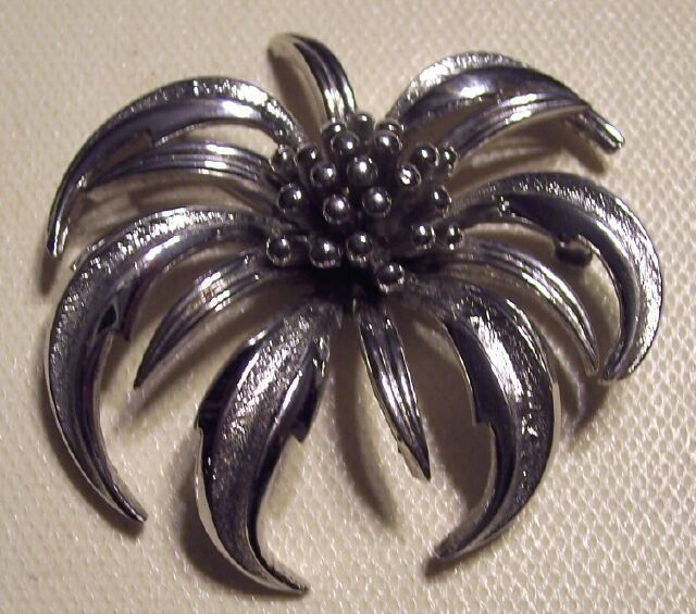 Vintage Marboux Silvertoned Brooch Chrysanthemum