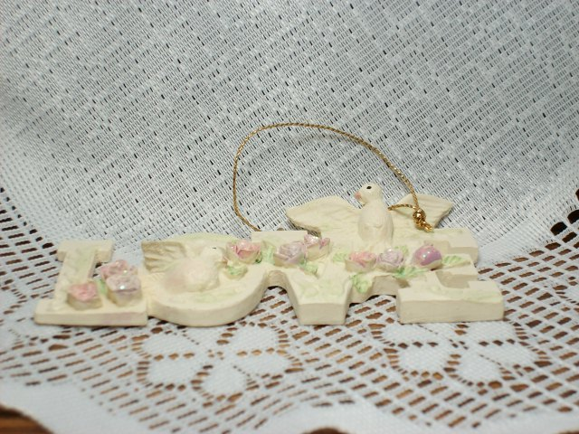"""Victorian style """"LOVE"""" Ornament with Doves and Roses- Very Pretty!"""