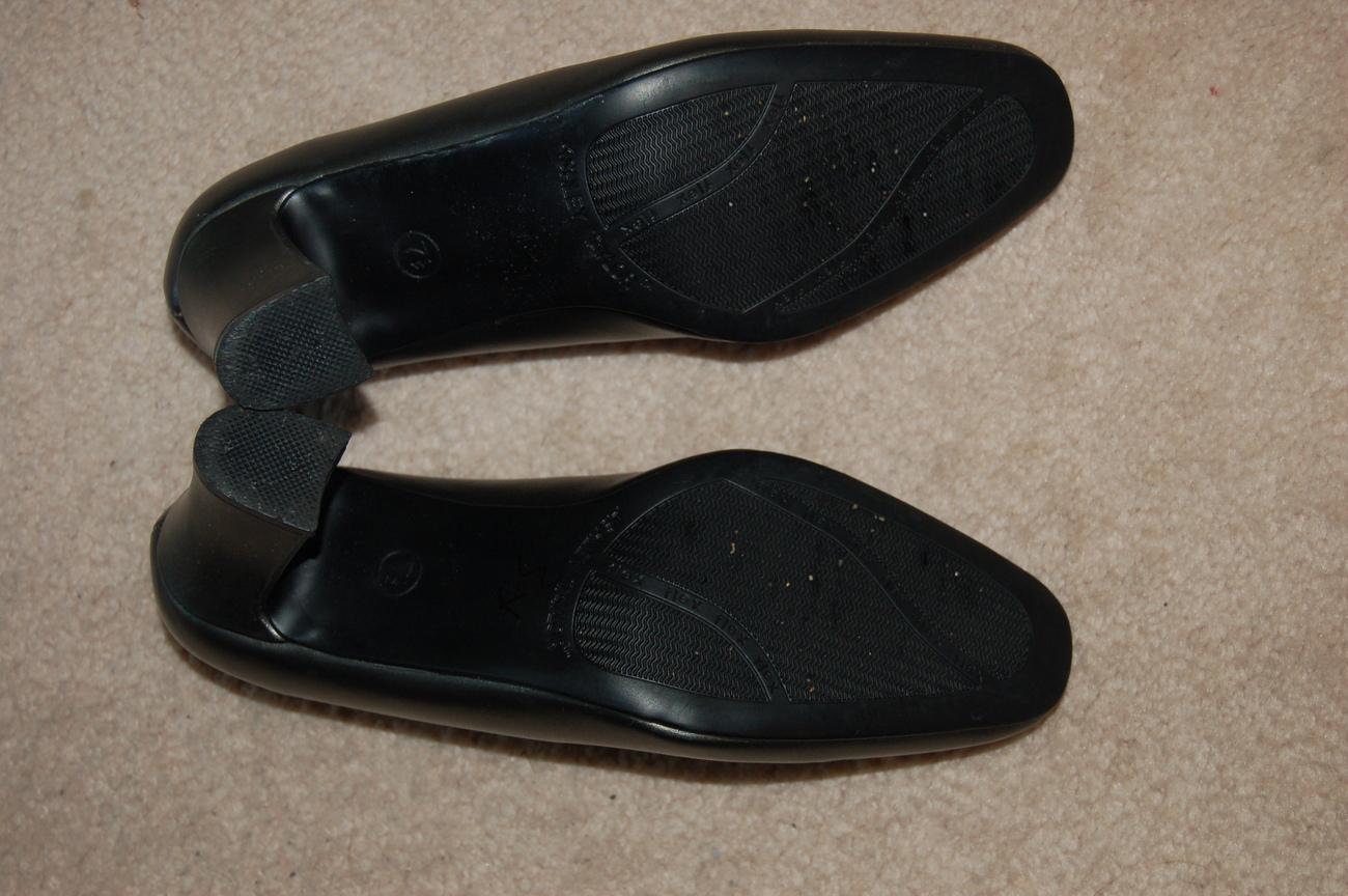 Ashley Taylor Pumps Shoes 7.5 Flex Sole Gray Silver Pewter