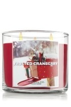 Slatkin & Co. Frosted Cranberry 3-wick 14.5 oz Candle - €46,21 EUR