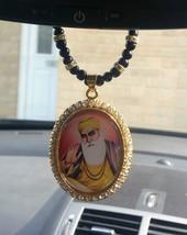 Chapado en oro panyabí Sij Guru Nanak Colgante Coche - negro cuentas & C... - $11.26