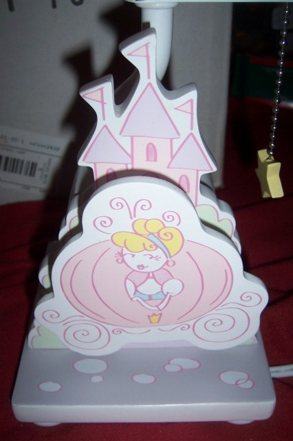 Cinderella nursery lamp 2  426x640