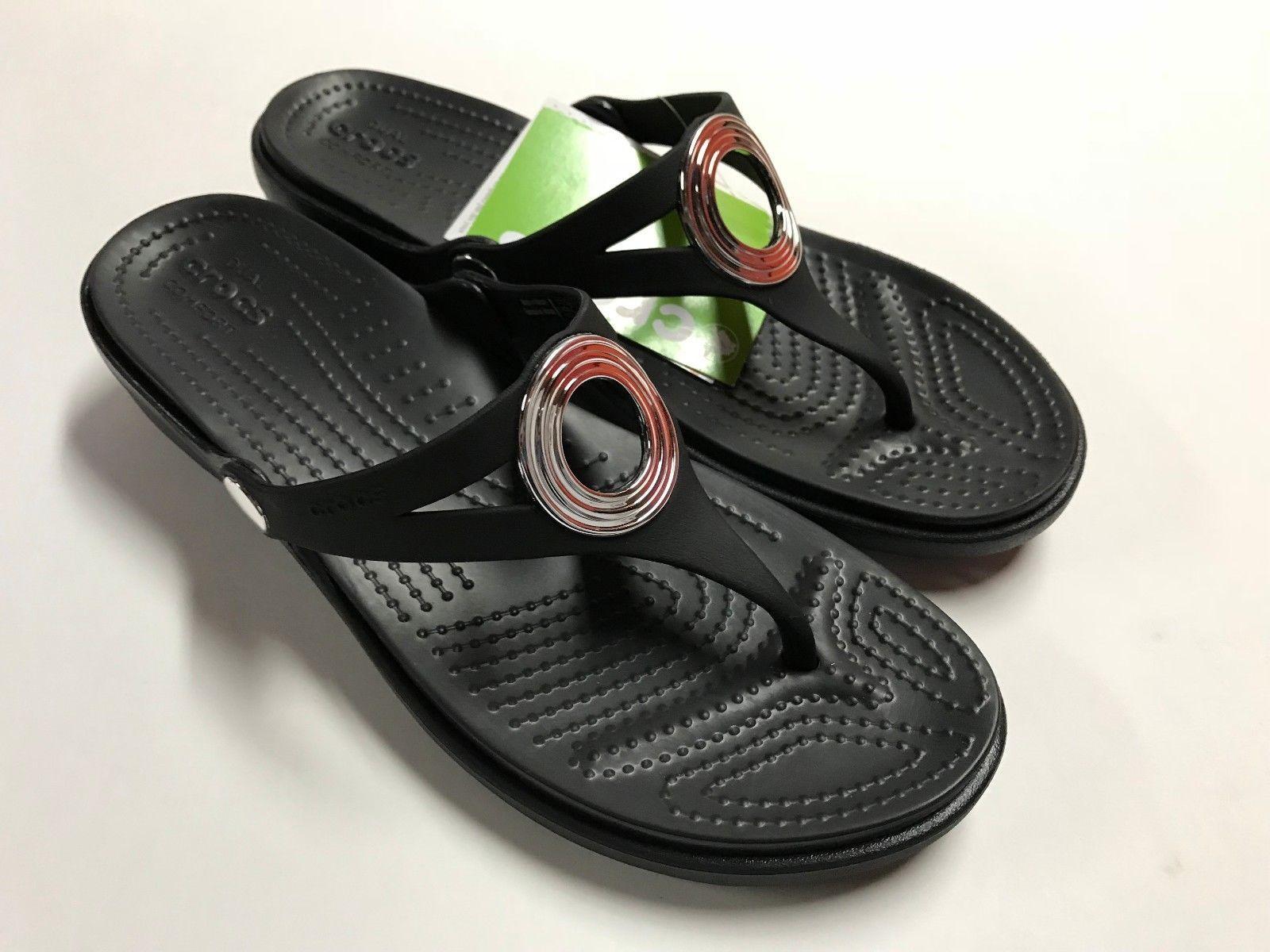 8136e8a0a971 S l1600. S l1600. Previous. NEW Crocs Womens Sanrah Beveled Circle Wedge  Flip Black Size-5 · NEW Crocs Womens ...
