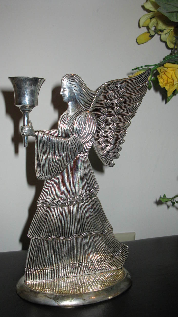 Candle Holder Angel Silverplated 9 x 6