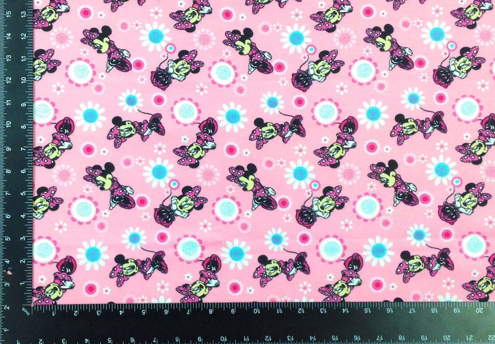 Minnie Mouse Winceyette 100% Brushed Cotton Fabric Material 3 Sizes