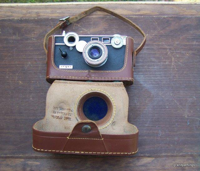 Camera sat 003