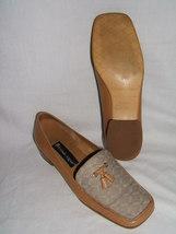 "Etienne Aigner ""Peaches"" Tan Leather Logo Print SHOE--6.5 - $27.00"