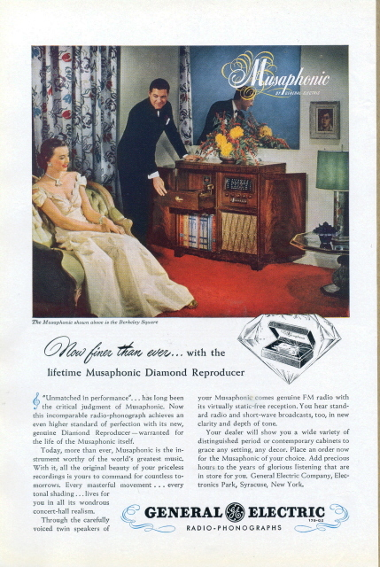 1946 GE Musaphonic Radio Phonographs couple print ad