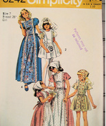 Simplicity 6242 Vintage 70s Pattern Classic Flower Girl 10 - $9.95
