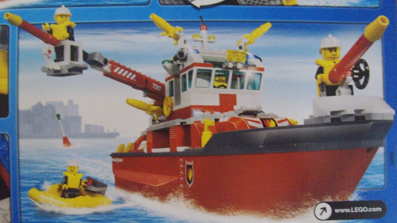 LEGO City Fire Boat 7207 - New